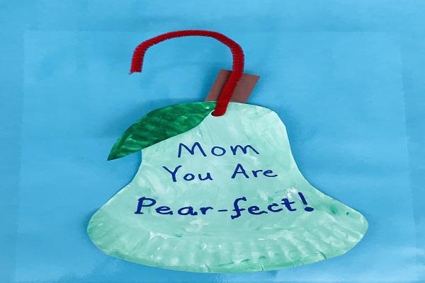 Mom U R Pear-Fect thumbnail