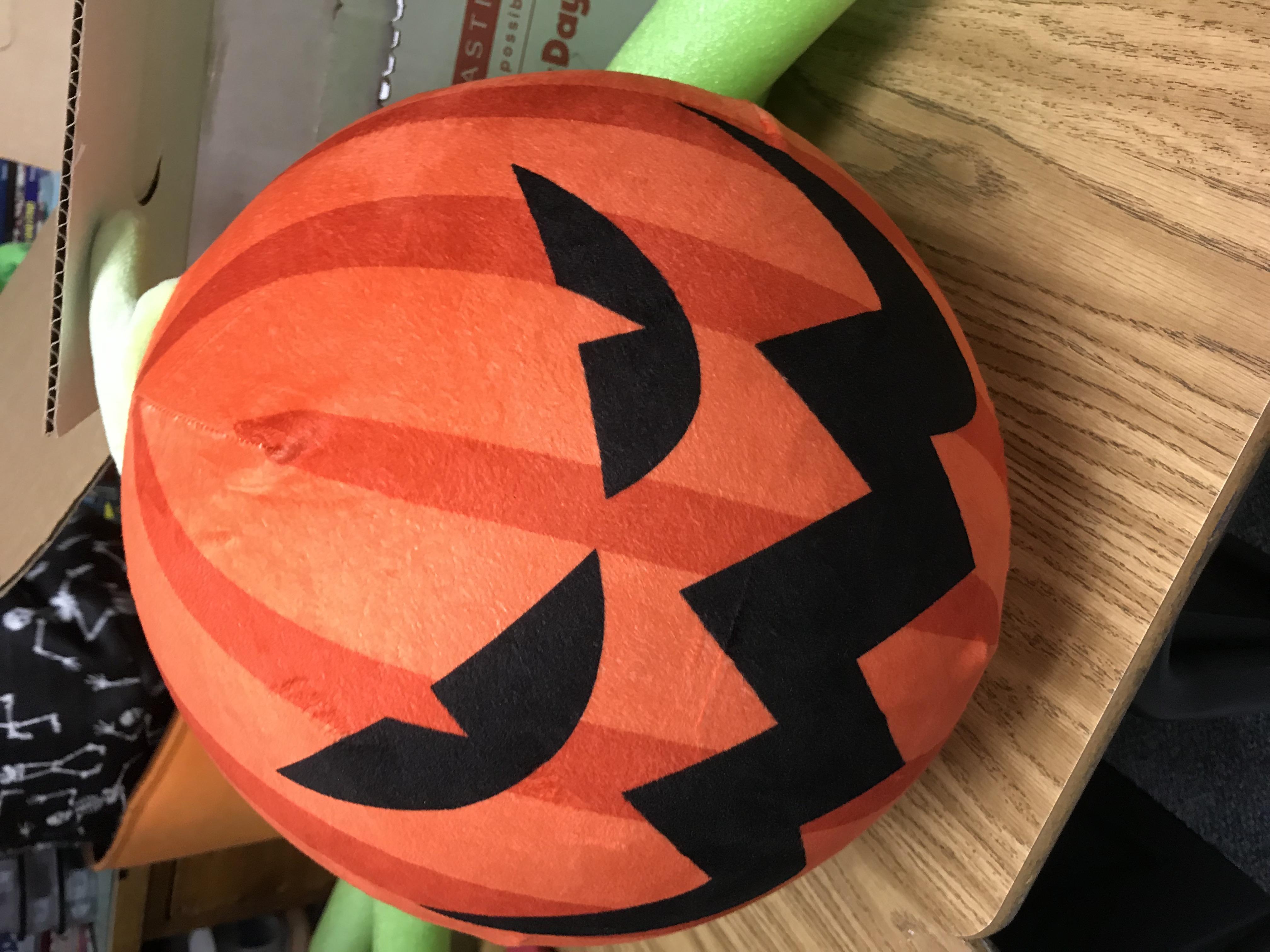 Jack-o-Lantern ball