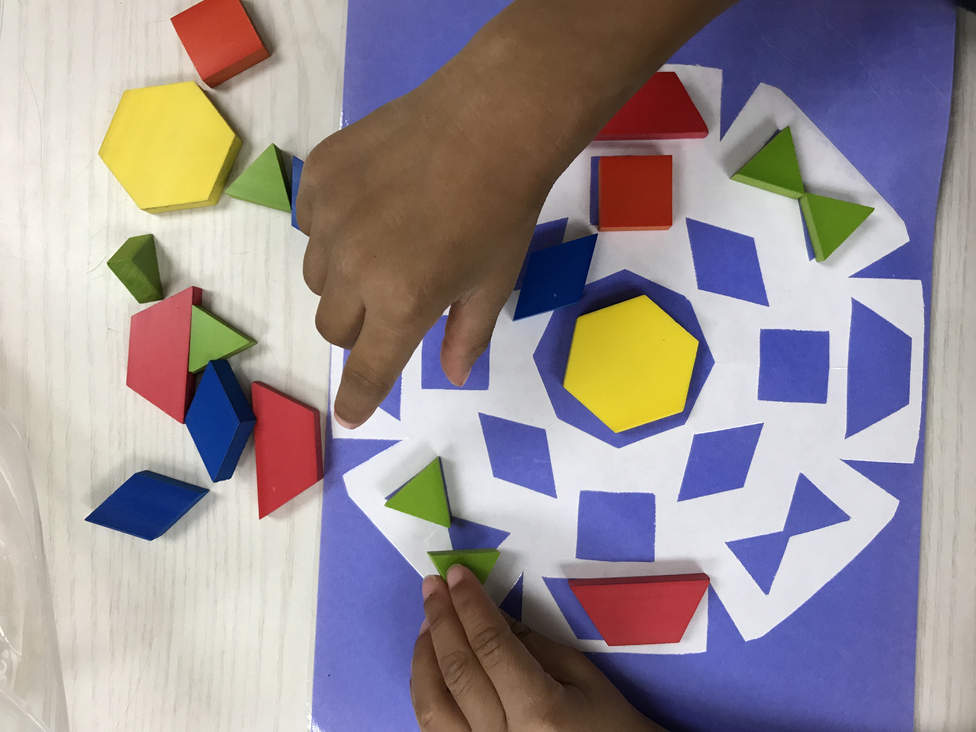 Placing shapes in DIY Snowflake Parquetry